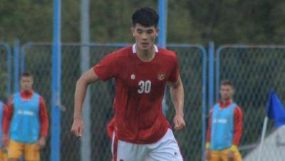 Ipswich - Elkan Baggott mencetak gol untuk Ipswich Town U-18 di perempatfinal FA Youth Cup melawan Sheffield United U-18. Gol bek Timnas Indonesia itu dicetak l